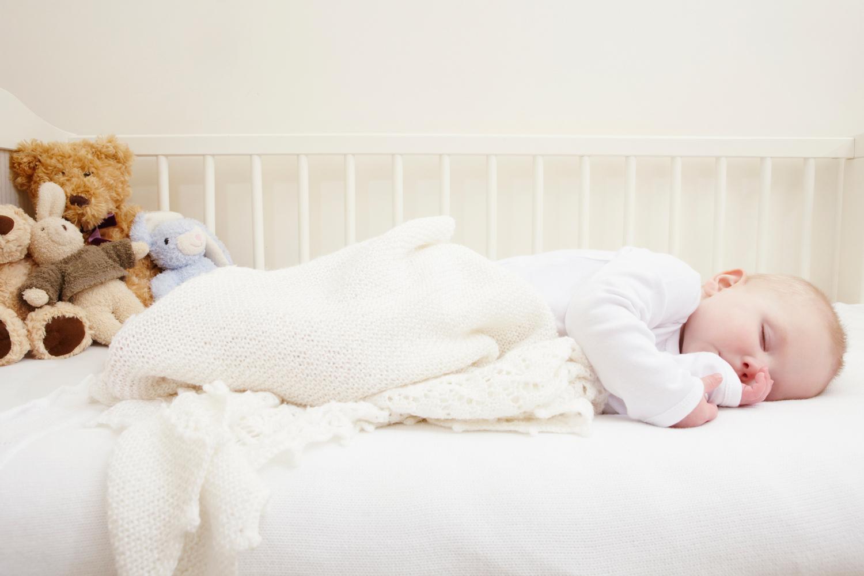 Выбор матраса новорожденному ребенку