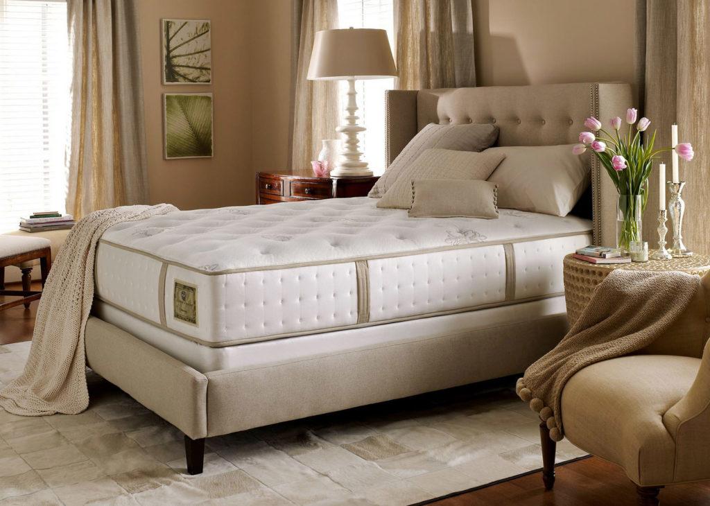 для двуспальной кровати