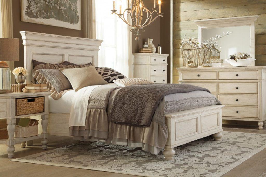 Двуспальная кровать Queen Size