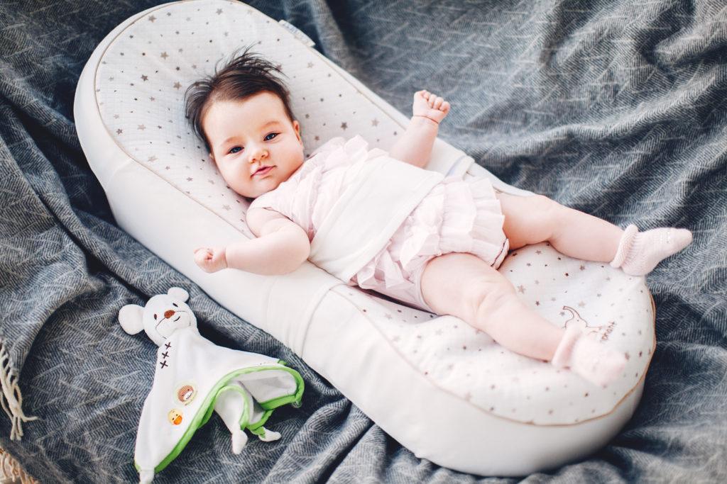 Кокон для младенца фото