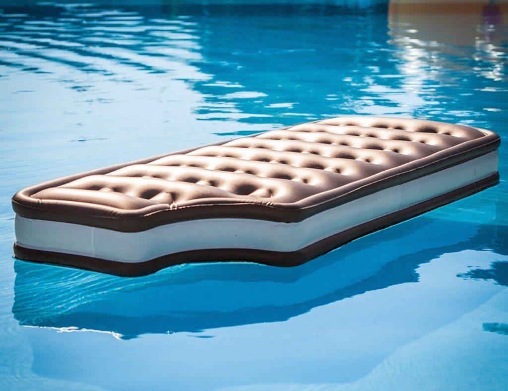 Матрас надувной плавательный