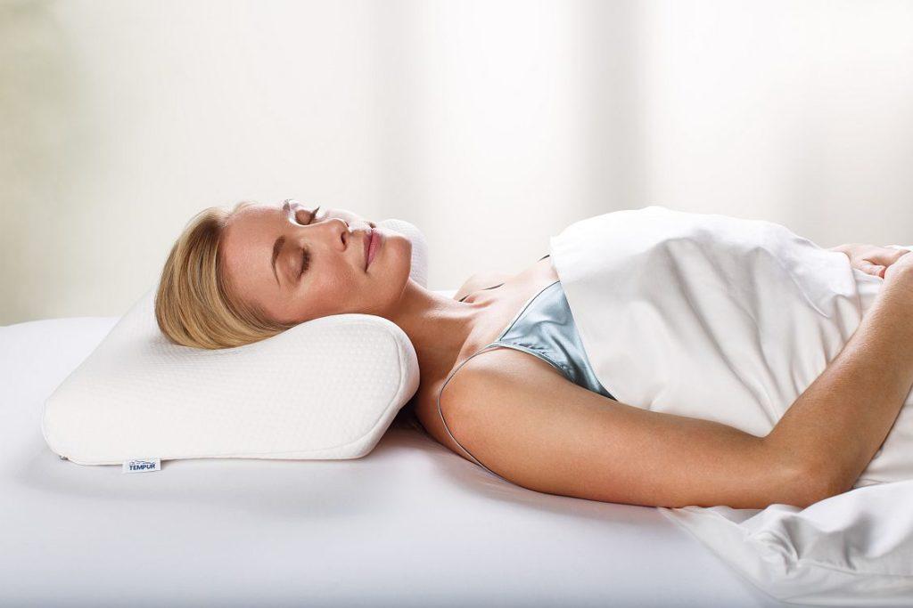 Ортопедическая подушка для сна фото