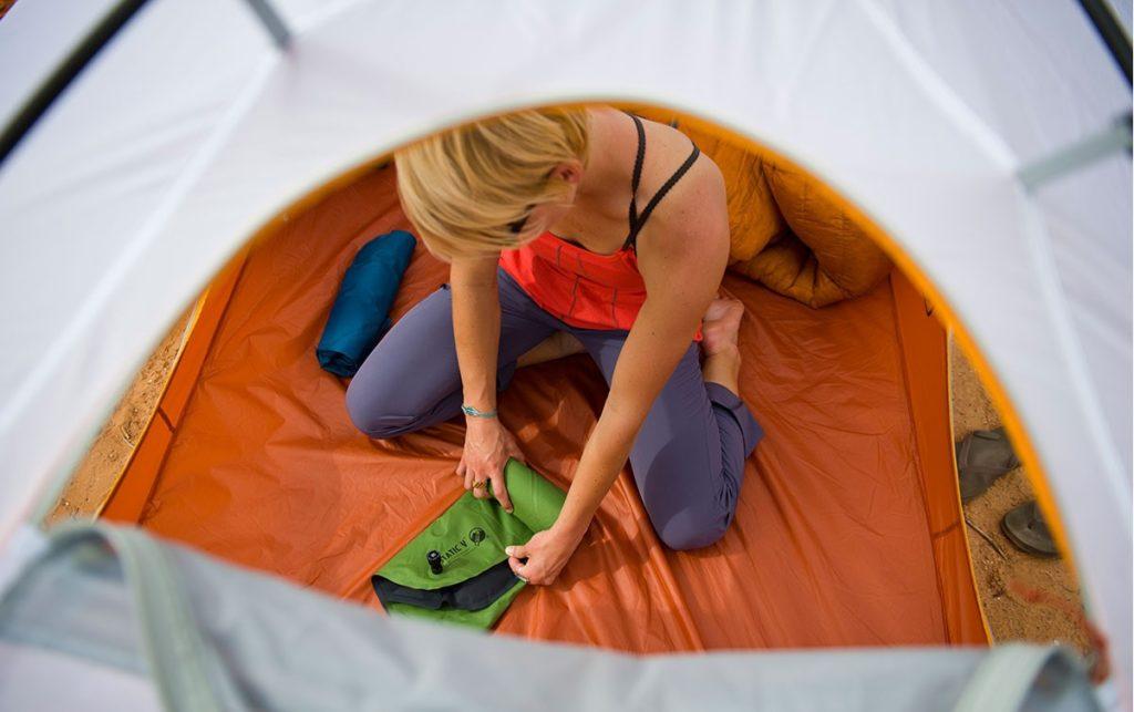 Походные коврики для палаток фото