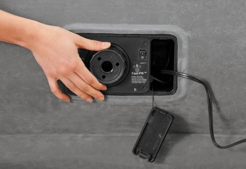 матрас надувной с электронасосом фотография