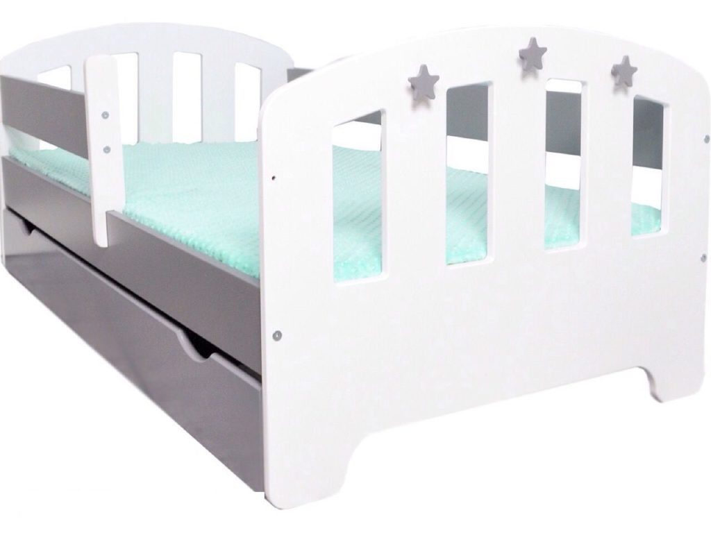 Матрас должен идеально подходить под размеры кроватки