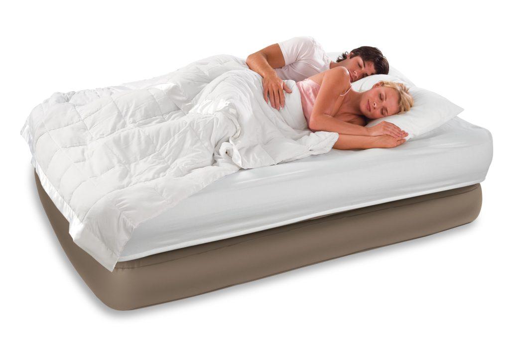 Надувной матрас для сна фото