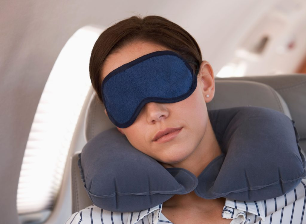 Надувная подушка для шеи фото