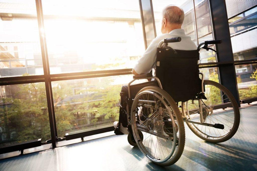 Инвалидная коляска картинка