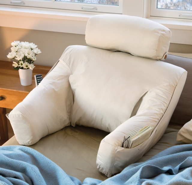 Подушка для сидения на кровати