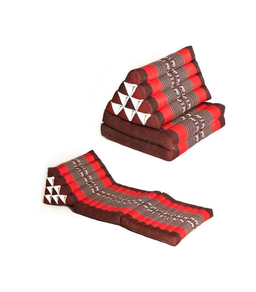тайская треугольная подушка фото
