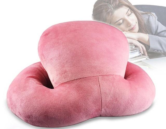 модель подушки с кольцом-поддержкой для рук